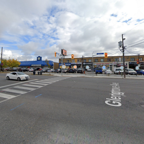 Safe Crossing Zone at Dufferin Street and Glengrove Ave in 2020